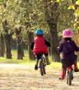 cr-na-rua-criancas-bike-d-732x412