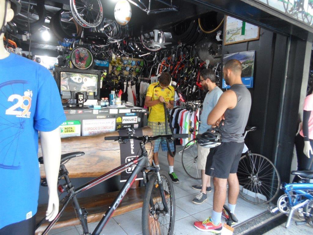 Resultado de imagem para vendedor de bike
